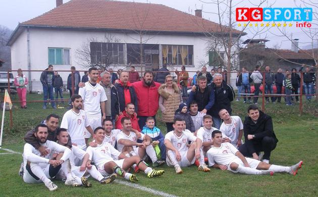 Fudbaleri Vodojaze posle pobede